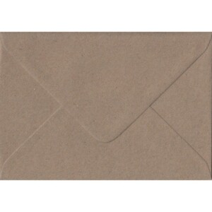 100 A6 Kraft Envelopes. Recycled Fleck. 114mm x 162mm. 100gsm paper. Gummed Flap.