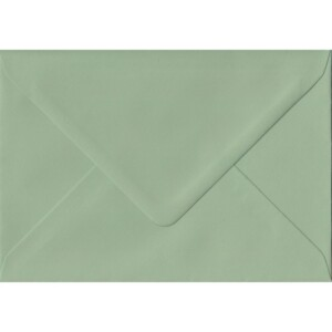 100 A6 Green Envelopes. Heritage Green. 114mm x 162mm. 100gsm paper. Gummed Flap.
