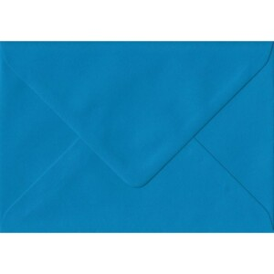 100 A6 Blue Envelopes. Kingfisher Blue. 114mm x 162mm. 100gsm paper. Gummed Flap.
