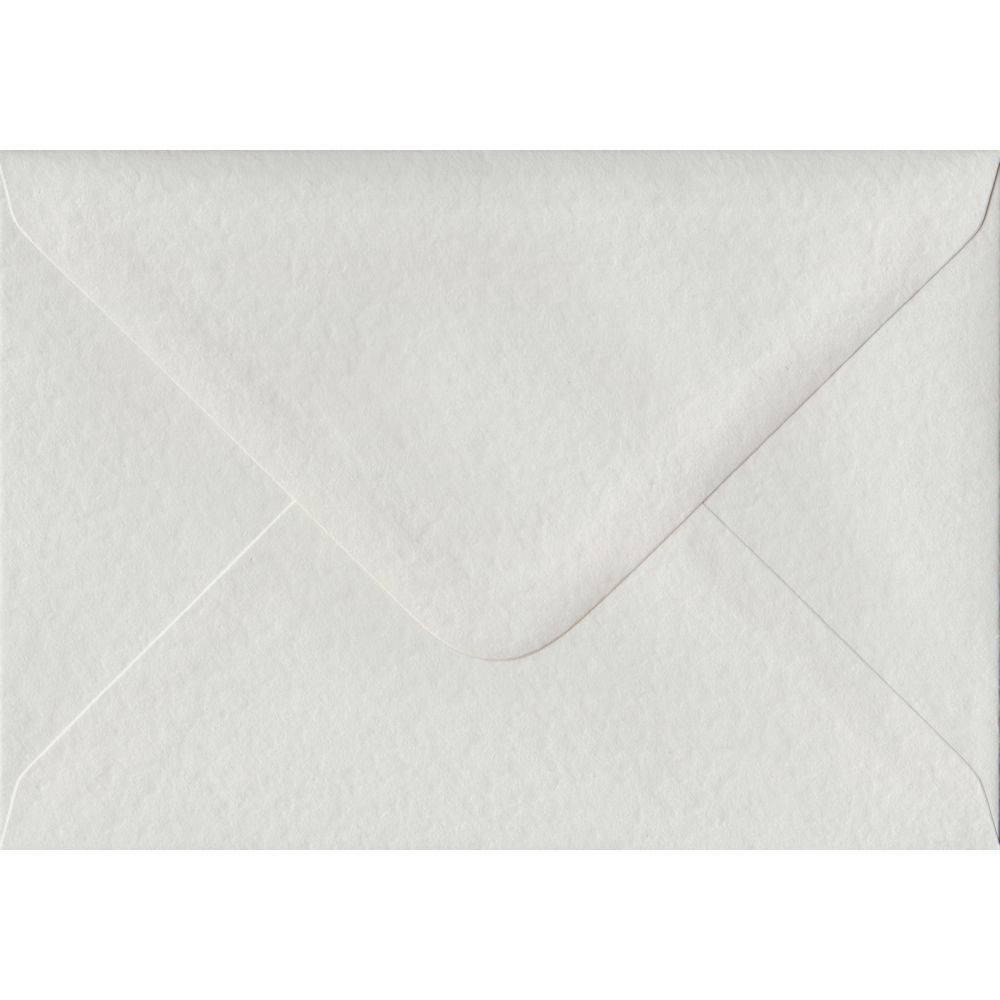 100 A6 White Envelopes. White Hammer. 114mm x 162mm. 100gsm paper. Gummed Flap.