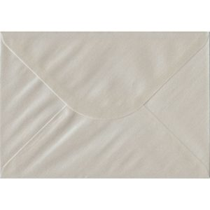 Pearlescent Oyster C5/A5 162mm x 229mm Gummed Individual Coloured Envelope